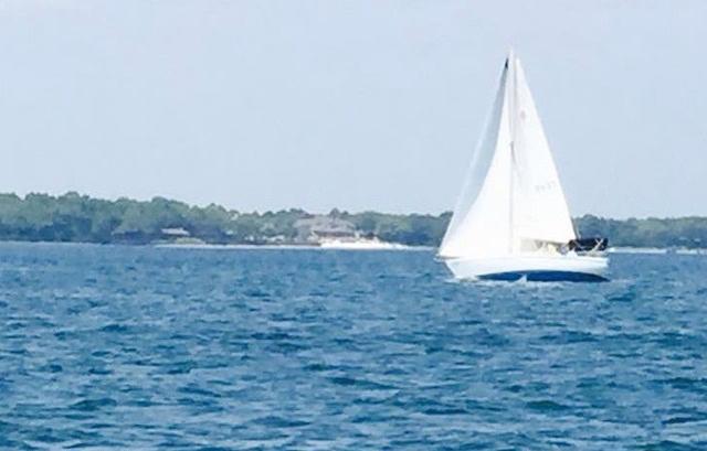 photo_sailboat1.jpg